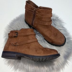 Calistoga | Brown Ankle Boots - Size 5